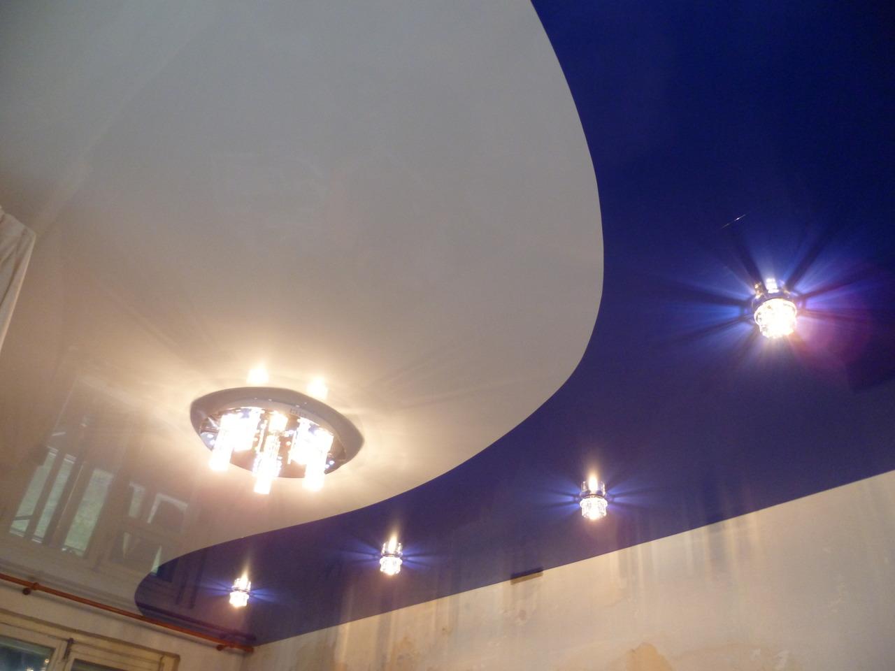комбинированные натяжные потолки фото_31.jpg