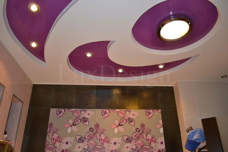 Натяжные-потолки-в-ванной-комнате.jpg