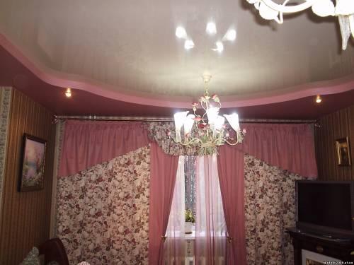 фото натяжных потолков в зале_16.jpg