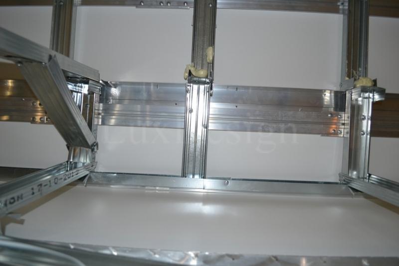конструкция натяжного потолка ниши под карниз с внутренней стороны.JPG