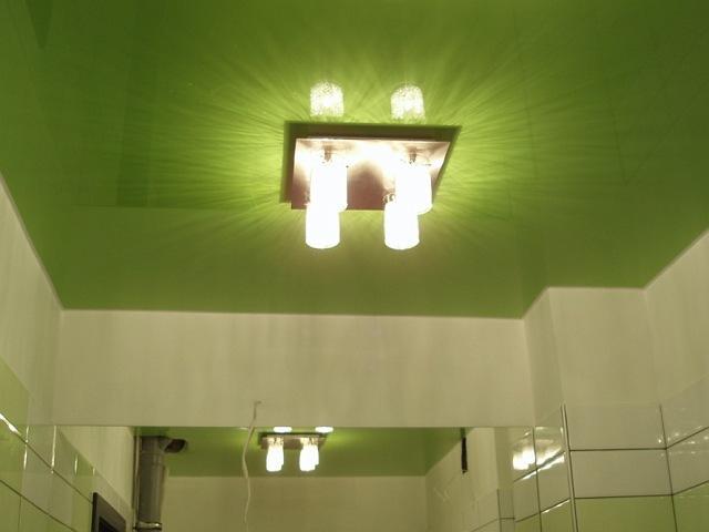 натяжные потолки в ванной фото_3.jpg