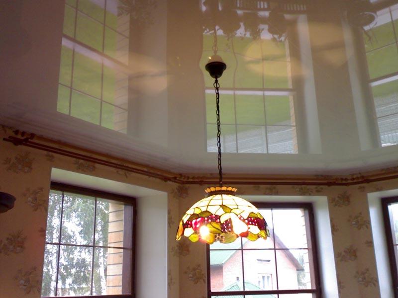 глянцевые натяжные потолки фото_15.jpg