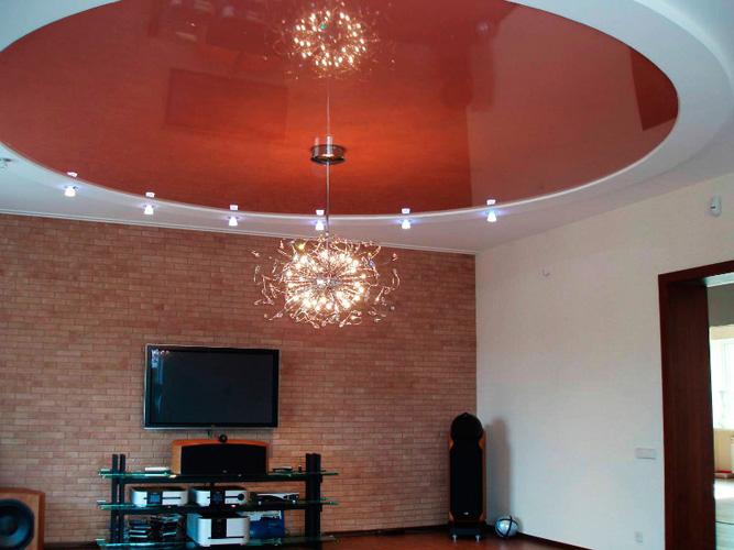 фото натяжных потолков в зале_4.jpg