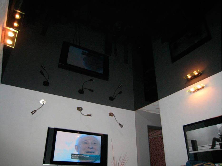 черный-натяжной-потолок-фото_12.jpg