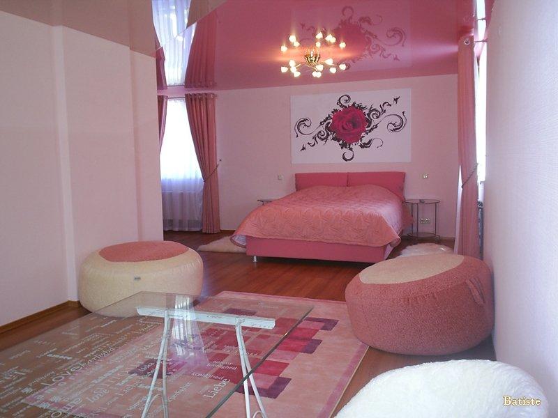 натяжные потолки в спальне фото_5.jpg