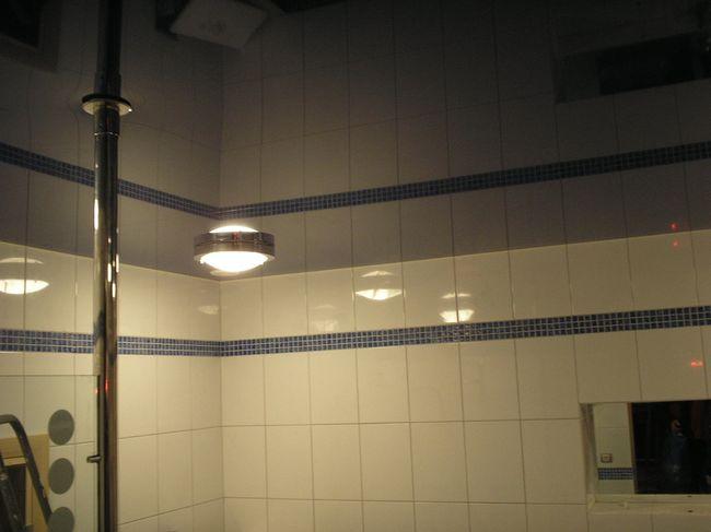 натяжные потолки в ванной фото-6.jpg