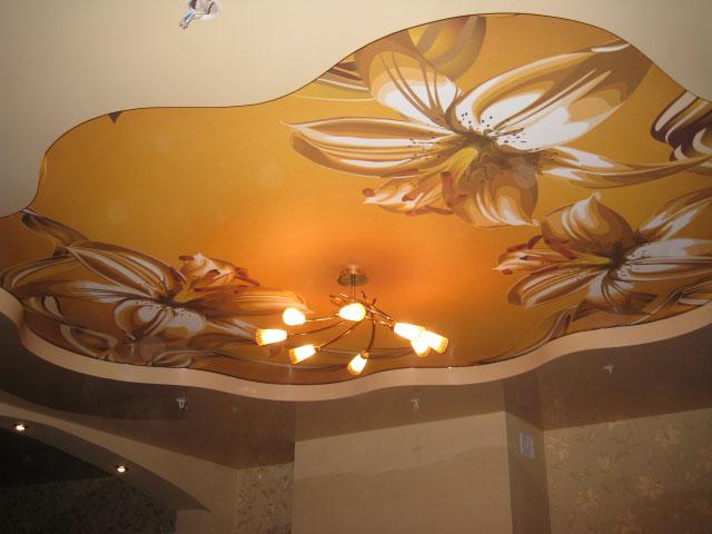 натяжные потолки фото в квартире_9.jpg
