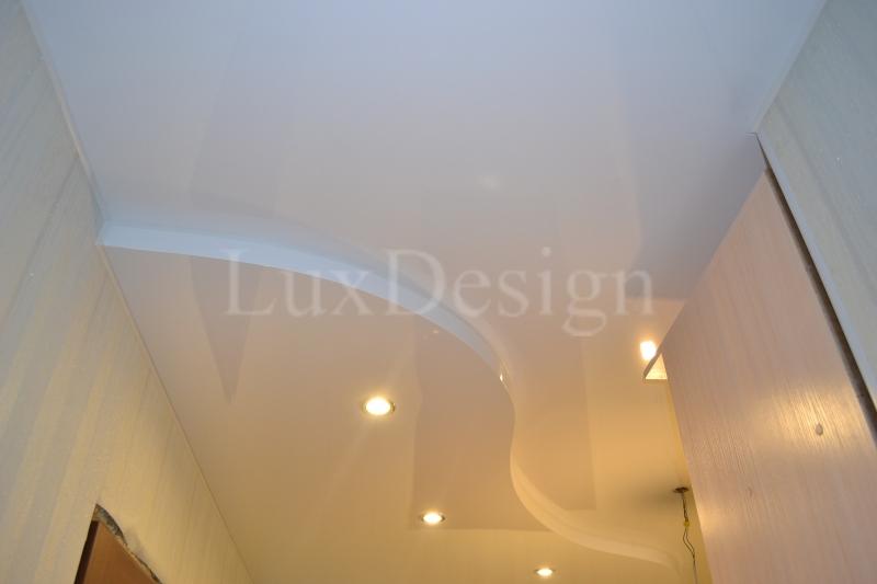 Двухуровневый натяжной потолок белый глянец.JPG