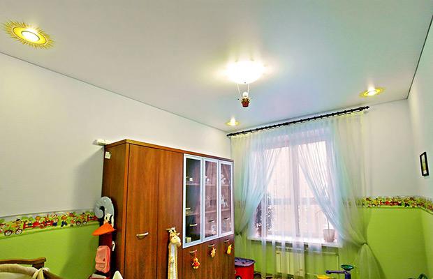 натяжные потолки в детской фото_14.jpg