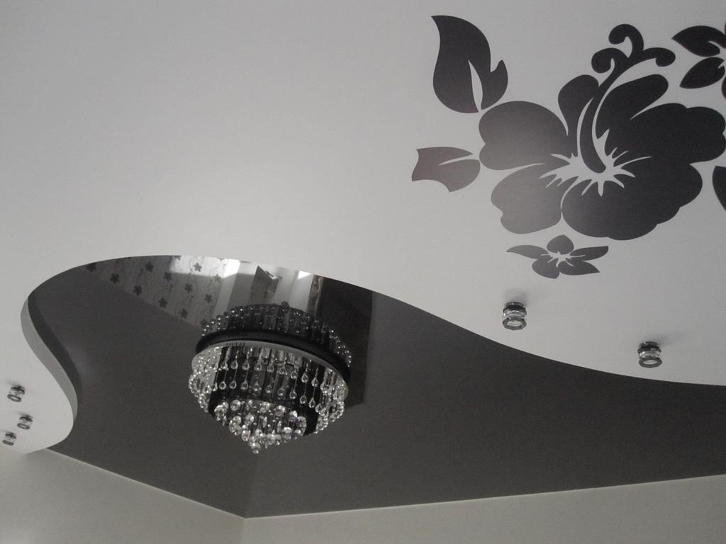 черный-натяжной-потолок-фото_7.jpg