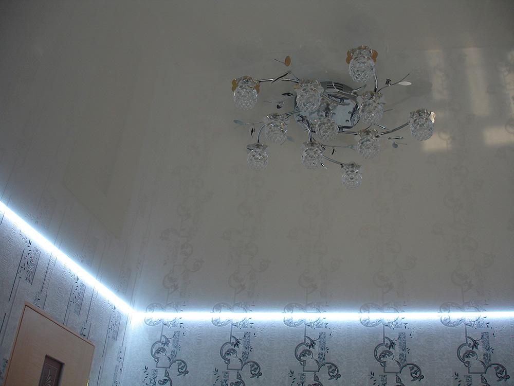 парящий-потолок-натяжной-фото_7.jpg