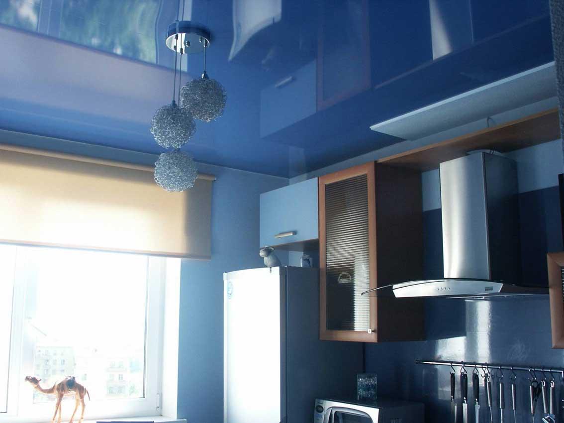 натяжные потолки на кухне фото_10.jpg
