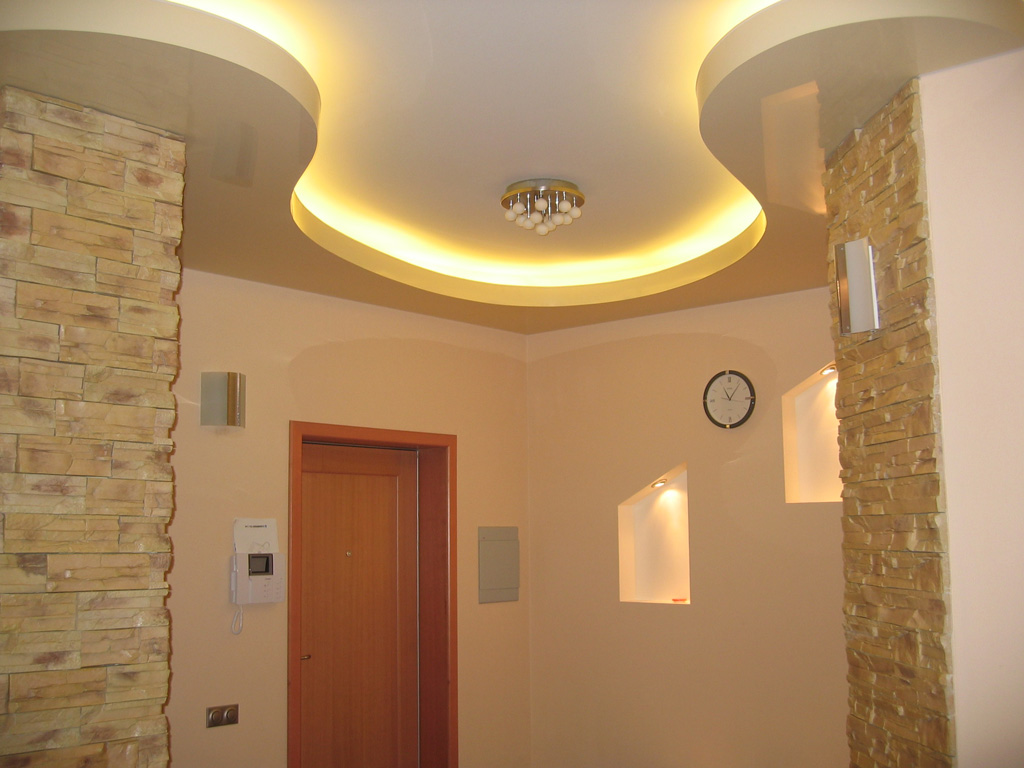 натяжные потолки с подсветкой фото.jpg