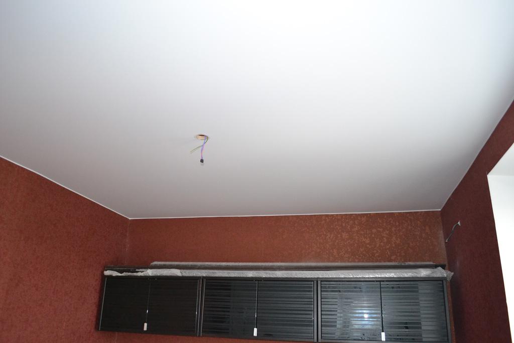 матовые натяжные потолки фото-13.jpg
