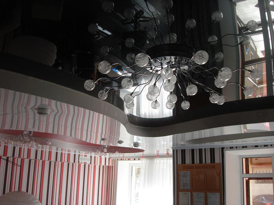 черный натяжной потолок фото.jpg