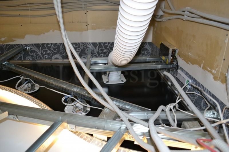 конструкция многоуровневых натяжных потолков с вентиляцией.JPG