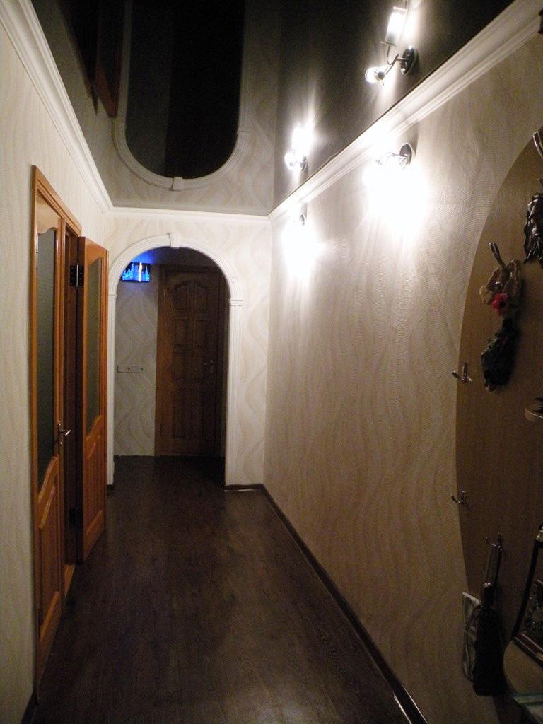 натяжной потолок в прихожей фото_15.jpg